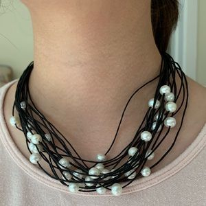 Jewelry - Floating Pearl Necklace